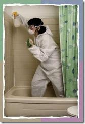 woman_cleaning_bathroom