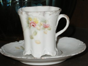 antique-cup-saucer-04-092